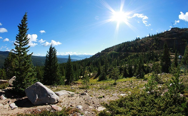 10 Awesome Places for Fall Camping